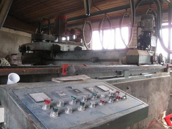 Masina za poliranje kamena Monlevi